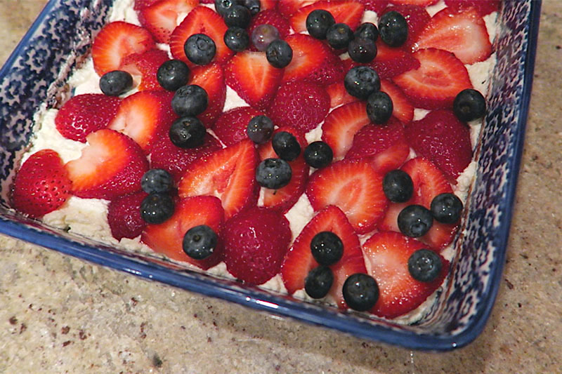 strawberry-blueberry-berry-fruit-tiramisu-2