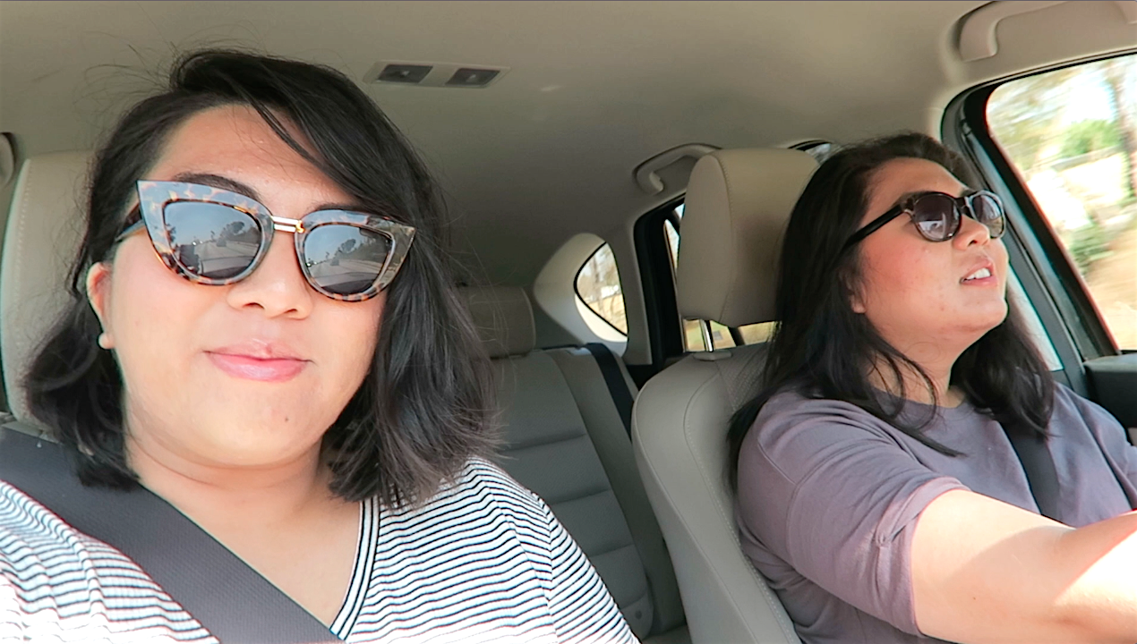 vlogging-sister-moments